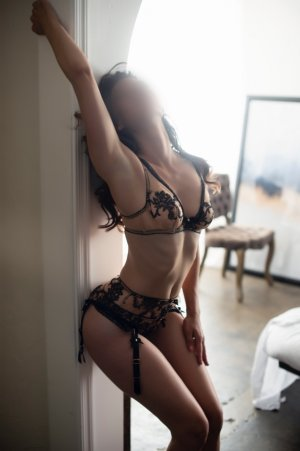 Khelissa erotic massage in Papillion, call girl