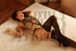 Lina-marie live escort in Parkway and erotic massage
